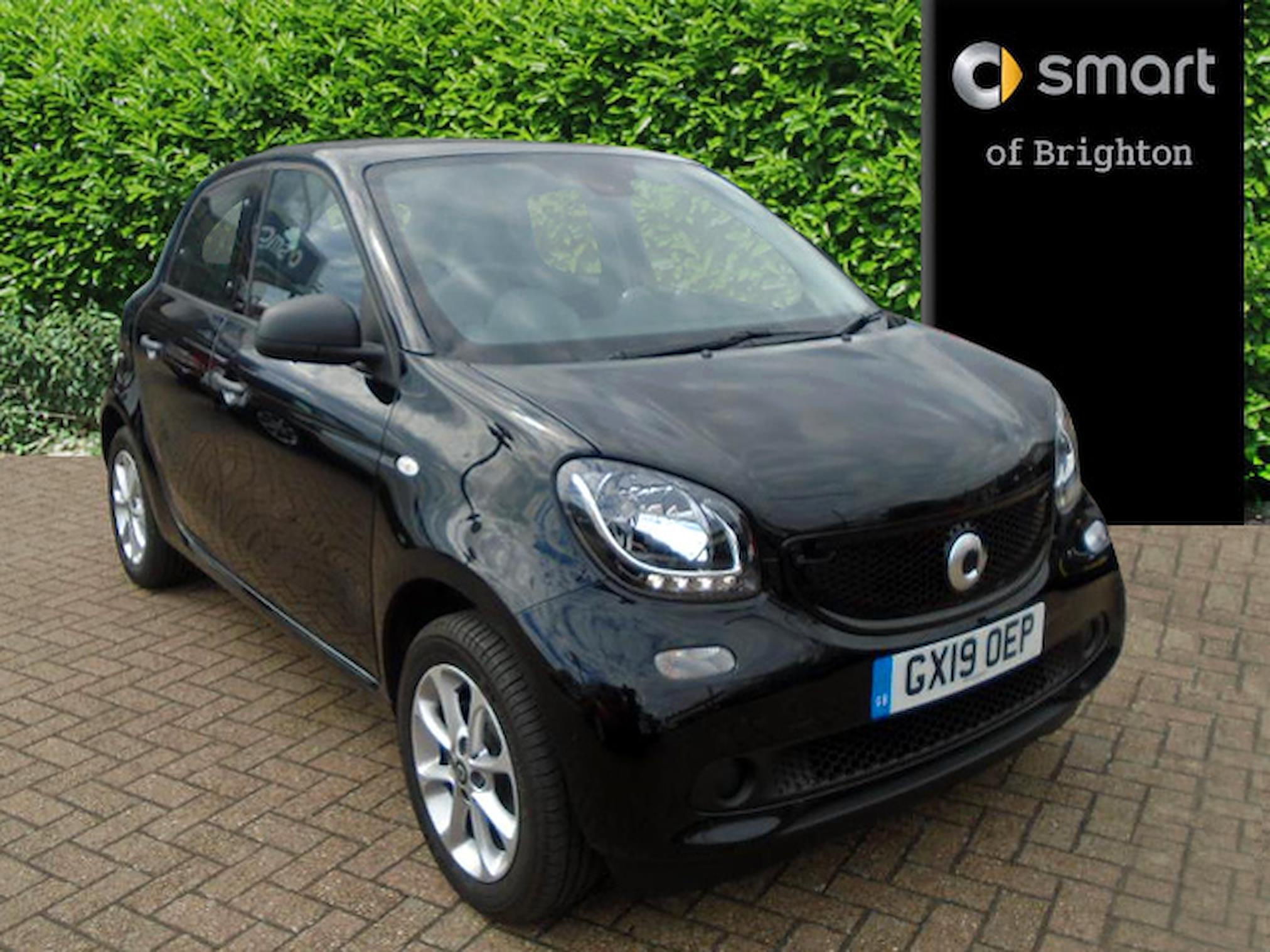 Nearly New FORFOUR HATCHBACK SMART 0 9 Turbo Passion 5Dr Auto 2019