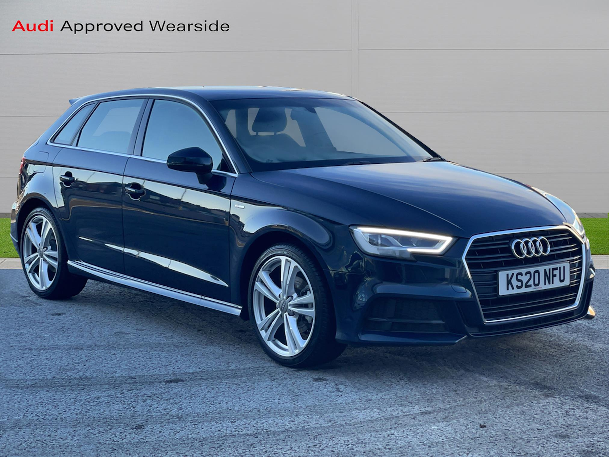 Nearly New A3 Audi 35 Tfsi S Line 5dr S Tronic 2019 Lookers
