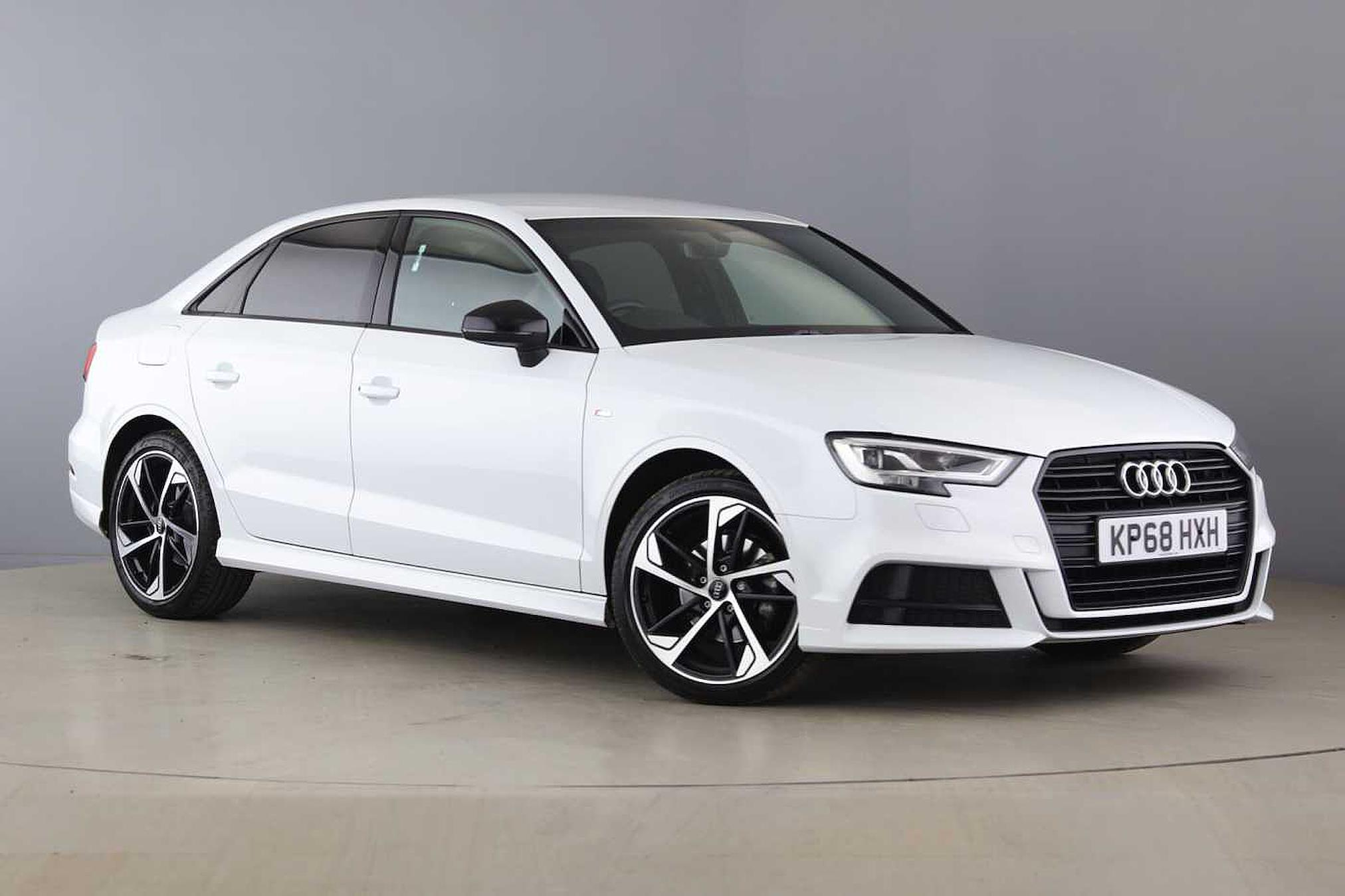 Nearly New A3 Audi Black Edition 35 Tfsi 150 Ps S Tronic 2019 Lookers
