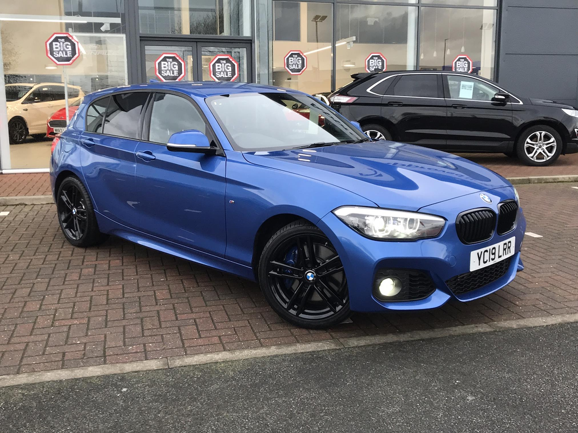 Nearly New 1 Series Bmw 118i 1 5 M Sport Shadow Edition 5dr 2019 Lookers