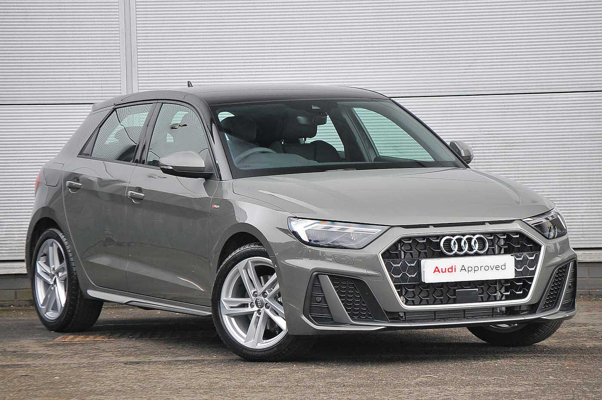 Nearly New A1 Audi S Line 35 Tfsi 150 Ps S Tronic 2019 Lookers